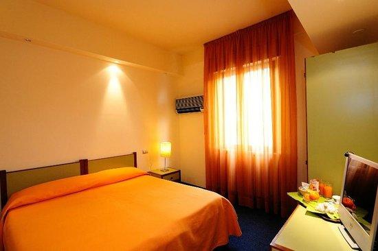 โรงแรม ลา กราเซีย: Camera Classic