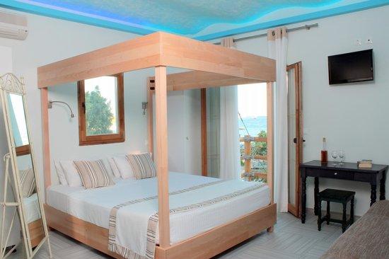 Psarou Beach Hotel: Suite