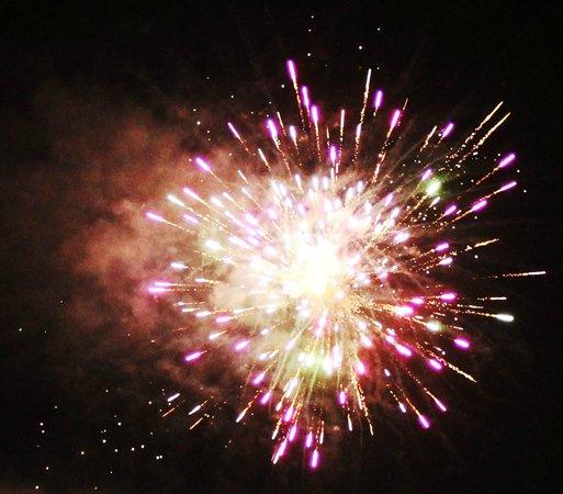 Yogi Bear's Jellystone Park: Fireworks on Memorial!