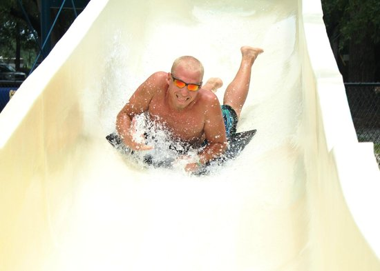 Yogi Bear's Jellystone Park: Slide!