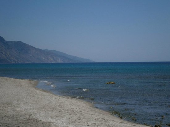 Nikos II Apartments: A 10 minute walk to the sea