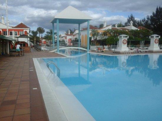 Cordial Green Golf: pool/play area