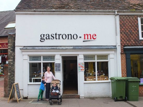 Gastrono-me (and intrepid reviewers)