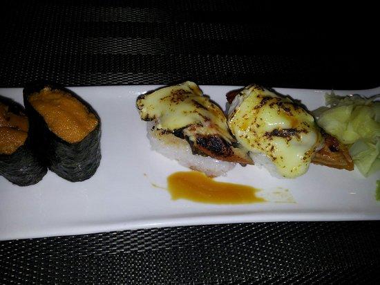Palace Sushi Zen: Nigiri anguille camembert