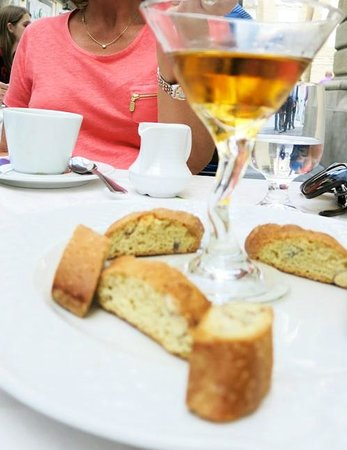 Ciro and Sons: Vinsanto and Biscotti