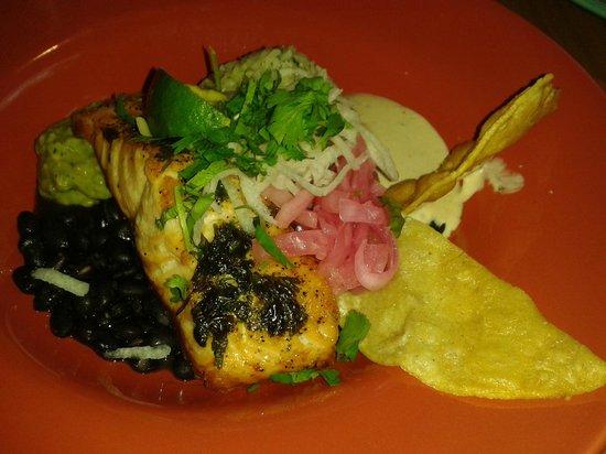Hope and Olive : Salmon dish