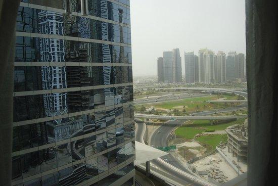 Media One Hotel Dubai : Panorama dalla camera