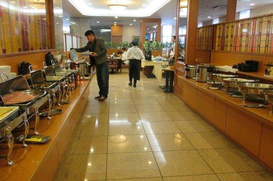 Hotel Route Inn Kanazawa Ekimae : Buffet petit-déjeuner