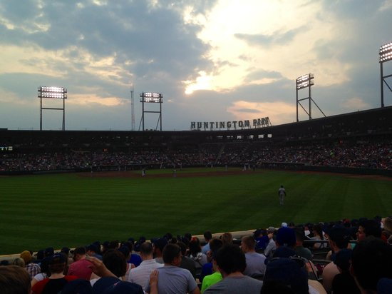 Huntington Park: Clippers vs Knights - Clippers WON!