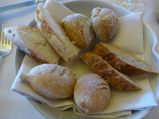 Meridiano: Wunderbare frisch gebackene Brotsorten!