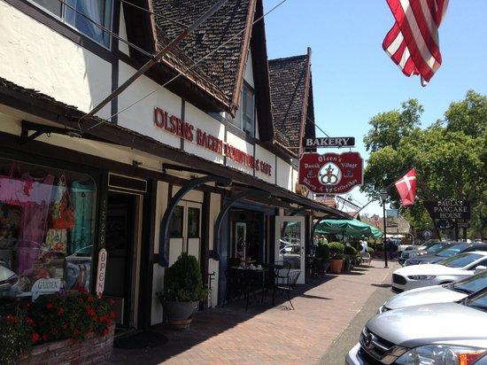 Olsen's Danish Village Bakery : The Bakery