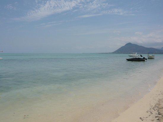 Sands Suites Resort & Spa: sur la plage de l'île au bénitiers