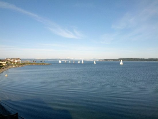 Aladdin Motor Inn: Sailing practice in Port Townsend