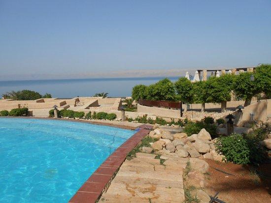 Movenpick Resort & Spa Dead Sea: Piscina