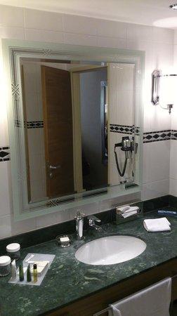 Hilton Imperial Dubrovnik : Mirror