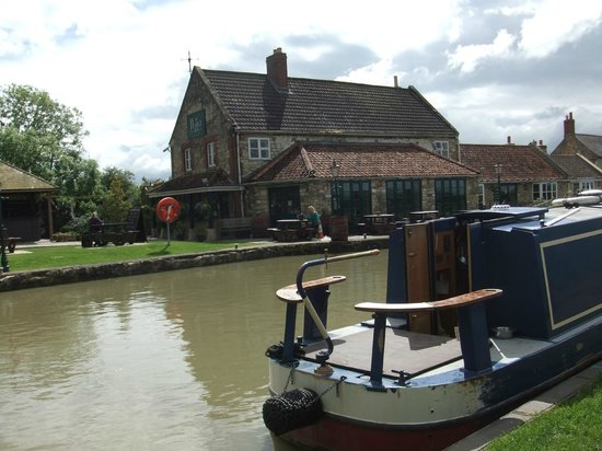 The Barge Inn: View from across the canal.