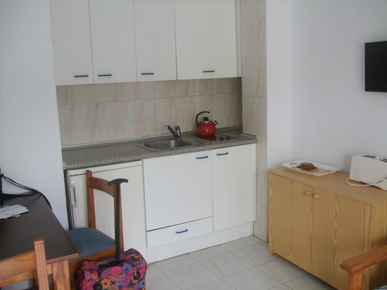 Apartments Arcos Playa: Kitchenette