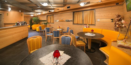Hotel Marzia: Lounge Bar