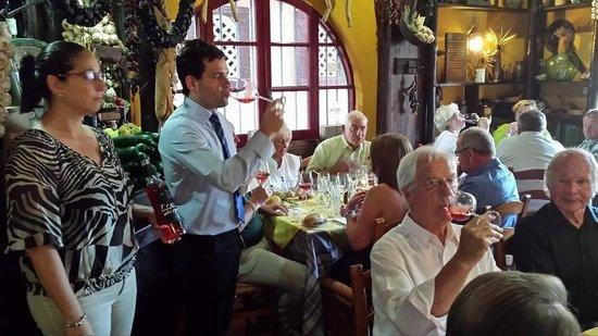 Meson de Calahonda: Our wine expert