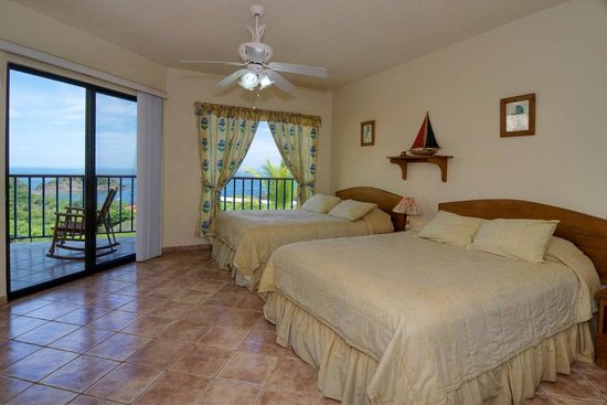 Barefoot Vacation Villas: Room at Villa Ocotal