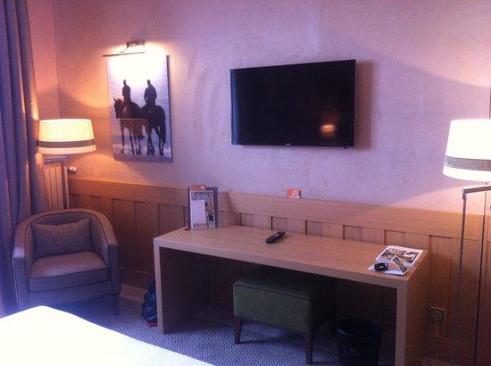 Hôtel Barrière L'Hôtel du Golf Deauville : Chic et pratique