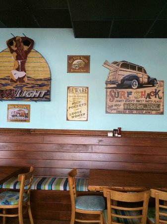 Woody's Dewey Beach Bar & Grill: Woodies