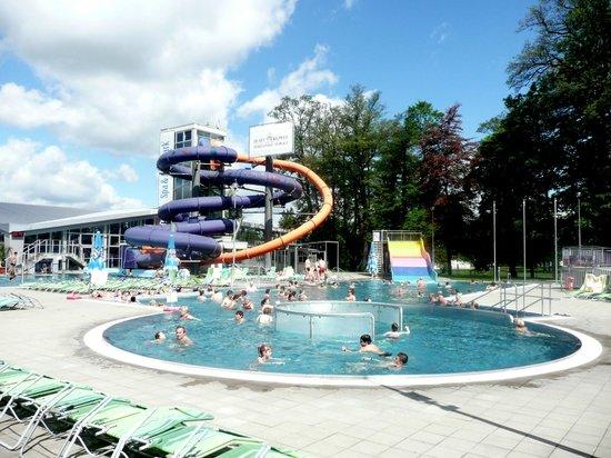 Spa Hotel Velka Fatra: Aquapark outer pool