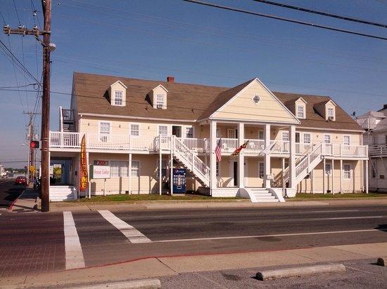 Ocean Lodge Hotel : Ocean Lodge Property