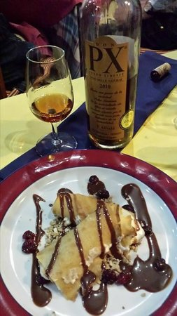 Meson de Calahonda: Sweet wine from andalusia and our spanish crepes
