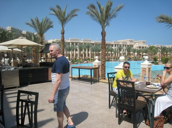 The Grand Resort Hurghada: Идем на обед