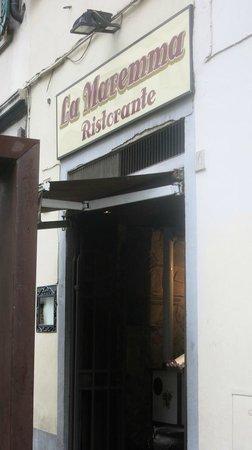 La Maremma : the entrance