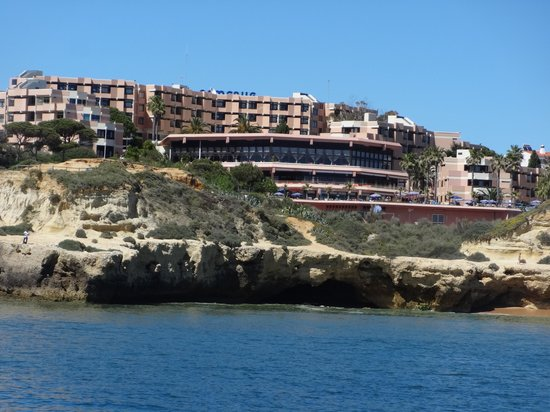 Auramar Beach Resort : view off hotel from sea (boat trip to caves)