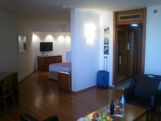 Leonardo Plaza Hotel Tiberias: Apartamento