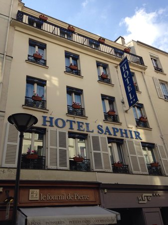 Saphir Grenelle Hotel : Great location