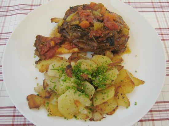 Gasthaus Lobishof: Lo stinco con patate