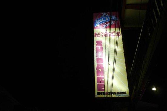 Sundance Inn & Saloon: Exterior Sinange