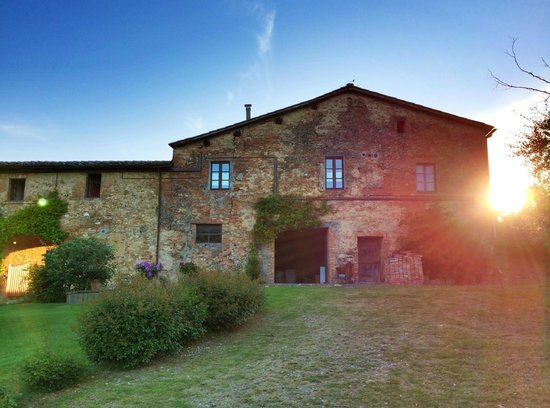 Agriturismo Marciano: view at sunset