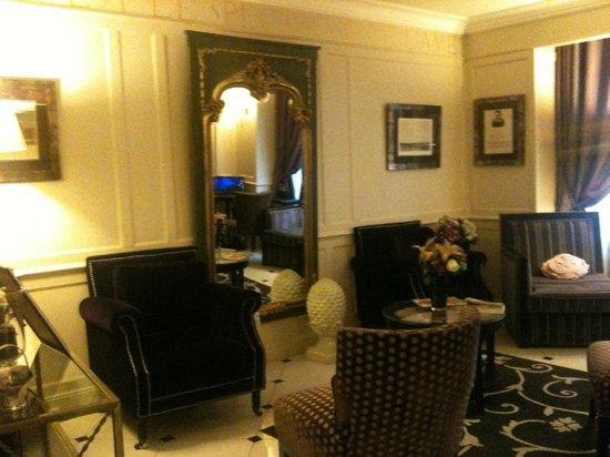 Hotel Gramont Opera Paris: Accueil et réception cosy et chaleureux