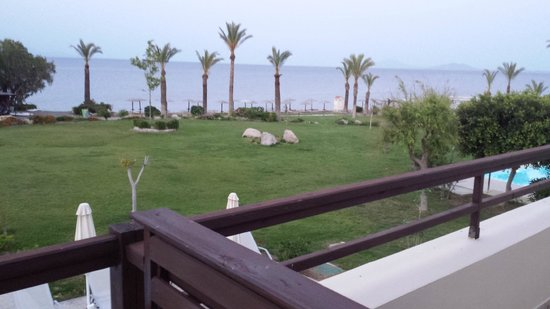 Grecotel Kos Imperial Hotel: View out to sea