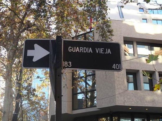 Diego de Velázquez: A rua principal do hotel (que fica numa esquina)