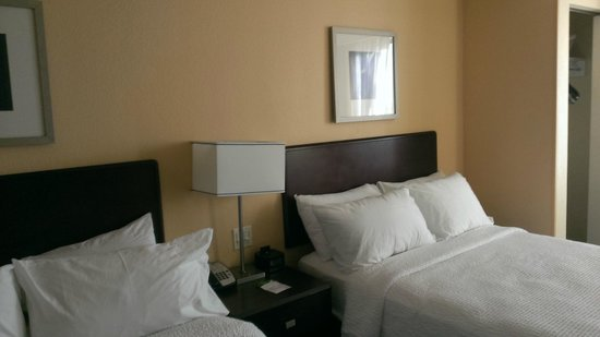 SpringHill Suites by Marriott Bakersfield : Bedroom