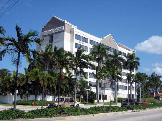 Fort Lauderdale Airport / Cruise Port Inn: Aussenansicht südlich