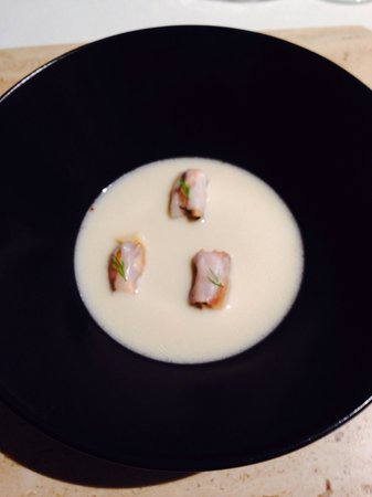 Aponiente: Mejillones con manteca de atún