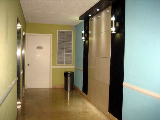 Fort Lauderdale Airport / Cruise Port Inn : Aufzugsbereich Etage