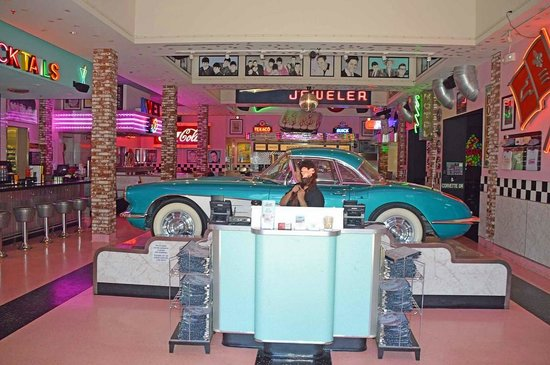 corvette diner picture of corvette diner san diego tripadvisor. Cars Review. Best American Auto & Cars Review