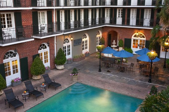 Four Points By Sheraton French Quarter: French Quarter Courtyard and Pool