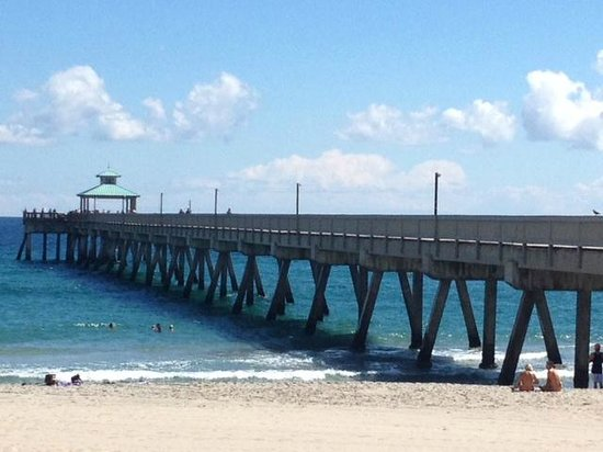 Deerfield Beach International Fishing Pier Anyone They Even Offer Group And Lessons