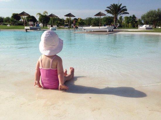Hotel Borgo Pantano : Beach entry pool