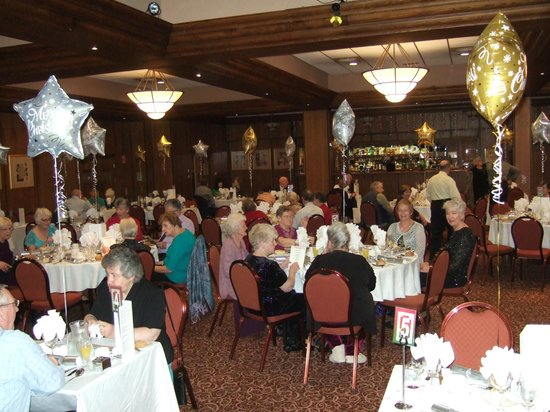 Cairndale Hotel & Leisure Club : Christmas Day Lunch in the function room