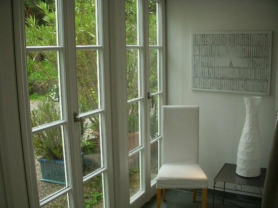 Am Eichholz - Galerie & Art-Hotel: Part of the room